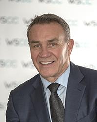 Président-directeur général, Dave Grundy